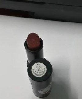 Elle 18 lipstick ( pink spicy)