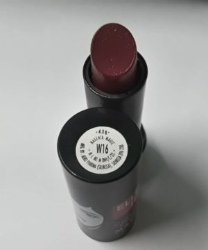 Elle 18 lipstick ( Magenta Magic)